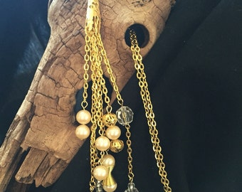 Pearl and Gold Chain Tassel Necklace