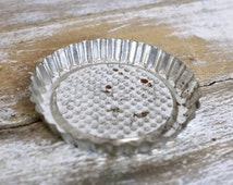 Vintage small metal pie mould - Vintage kitchen accessories - Baking and cooking goods - French kitchen - French vintage