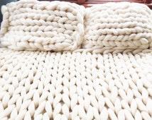 Chunky Knit blanket, Wool Blanket, Arm Knit Blanket,two pillow shams,Wedding gift, Merino Wool Blanket,Giant Knit Throw