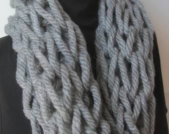Gray Super Chunky Knit Cowl/Chunky Knit Scarf/Winter Fashion/Winter Scarf/Winter Cowl/Chunky Cowl/Chunky Scarf