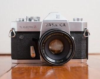 Yashica TL Electro X 35mm camera w/ Yashinon dx 50mm f/2 Lens