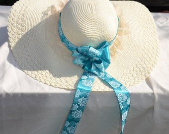 Feminine Lace and Ribbon Floppy Hat