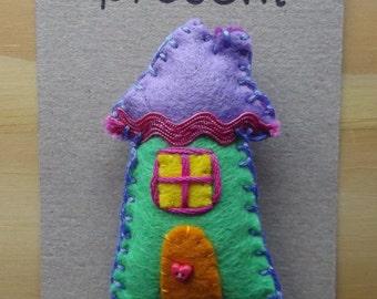 Home Sweet Home felt fridge magnet