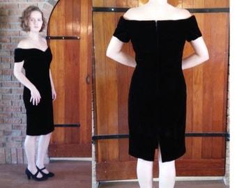 Vintage Black velvet Algo-Ettes evening dress