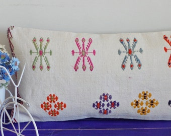 30x60 cm white hand embroidered lumbar pillow cover - 029a