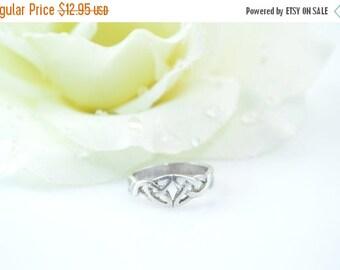 1 Day Sale Celtic Triquetra Knot Ring Size 6 Sterling Silver 2.6g Vintage Estate