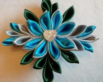 Kanzashi Style Flower Hair Clip, Girls Hair Acessory, Blue, Silver and Dark Green Hair Bow, Handmade