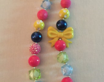 Bright Bow Colorful Bow Bubblegum Bead Necklace