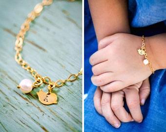 SALE • Little Girls Bracelet Toddler Small Bird Bracelet Gold Initial Child Girl Summer Jewelry • Gold Charm Bracelet Adjustable Chick