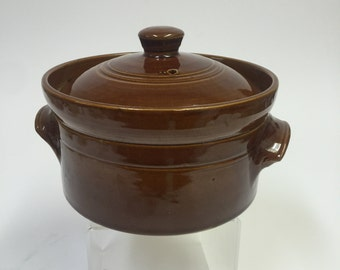 Bean Pot - Casserole Pearson's of Chesterfield Vintage 3 pint Made In England