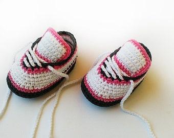 Crochet baby shoes, Crochet baby sneakers, Baby girl crochet sneakers, Newborn converse shoes, Toddler crochet booties, Crochet baby booties