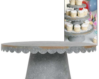 Large Scallpoped Cupcake Stand
