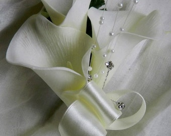 Wedding flowers bridal party groom best man triple calla lily