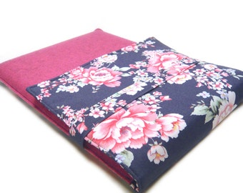 Laptop bag - Tabletsleeve with roses in blue smoke by marengu