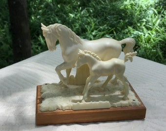 Beautiful mare and foal figurine