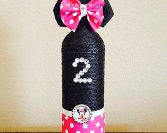 Minnie Mouse Centerpieces, Disney Centerpieces, Minnie Mouse Wine Bottle, Disney Decorations, Minnie Mouse Decorations, Disney Party