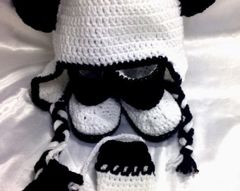 All Panda hat, slippers and mittens assorted