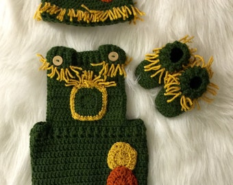 Crochet  Wizard of Oz Scarcrow inspired newborn outfit