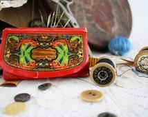 Vintage Sewing Lot: Fabric Dritz Measuring Tape, J & P Coats Wooden Spool w/ Thread, Kleencut Forged Steel Scissors