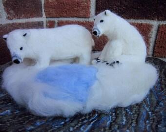 Polar bears, needle felted polar bears, Needle felted art, polar bear decor