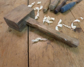 Old Mallet/Old Carpenters Mallet/Lovely Old Wooden Mallet