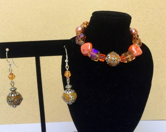 Beautiful Modern Bracelet and Earrings set
