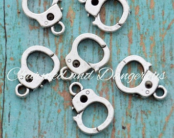 10 pewter Handcuff charms (CM255)
