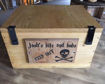 Kids lockable wooden box