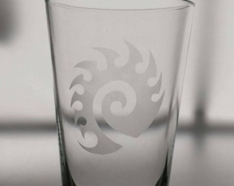 StarCraft-Inspired Zerg / Zergling 16 oz Pub / Pint glass