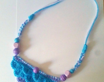 Boho Summer Necklace Hand Made Crochet. Crocodile stitch with wooden beads.