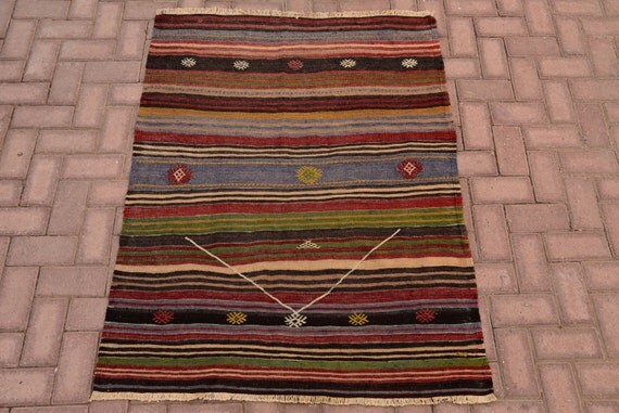 Vintage KILIM RUG Small Size Faded Multi Colored Kilim Rug Cecim Embroidered rug Turkish kilim rug traditional tribal kilim 4.7 x 3.6 ft rug