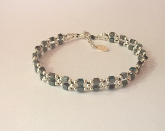 How square link hematite bracelet