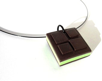 "Necklace ""Square chocolate stuffed with mint"" trompe l"
