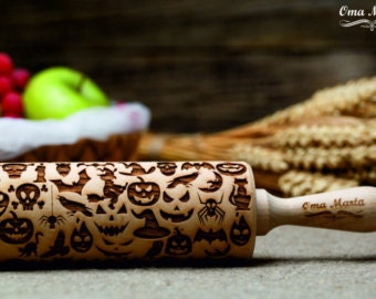 Halloween embossing Rolling Pin. Wooden Rolling Pin. Engraved Rolling Pin with Halloween Pattern.Gift for kids.Wooden gift.Halloween decor
