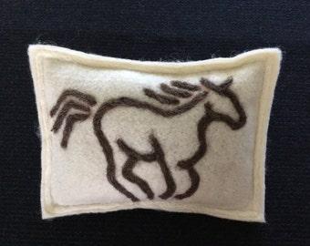 Horse Maine Balsam Pine Sachet
