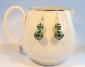 Green Pearl Bridesmaid Earrings, Bridal Jewelry, Wedding Earrings