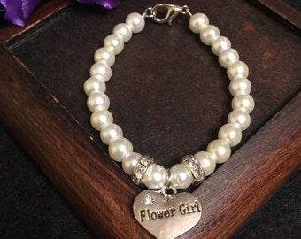 Flower girl bracelet, flower girl charm bracelet, flower girl gift, kid bracelet, kid jewelry, girl bracelet, glass pearls bracelet