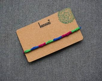 Friendship bracelet - Threaded bracelet - Macrame jewelry - Freedom bracelet - Cute gift - String bracelet - Surfer bracelet