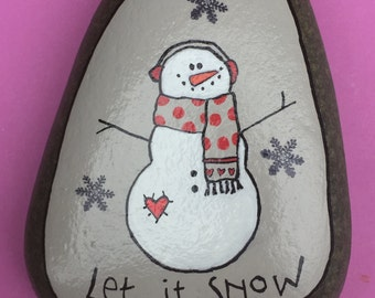 painted pebble,painted stone,painted rock, quotes, snowman,quote, let it snow, happy holidays, winter, christmas, snowflake, gift
