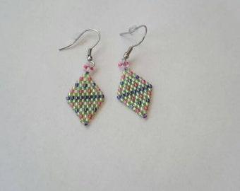 Beaded earrings diamond shaped with miyuki glass beads.