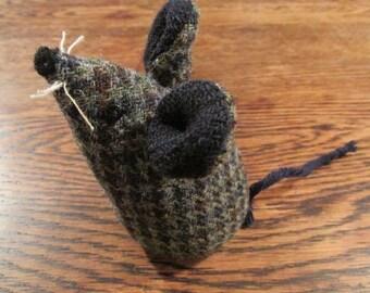 Handmade 100% Tweed mouse - Name: 'Alfie'