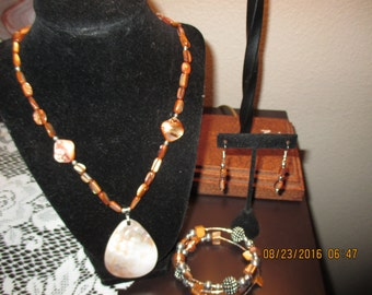 Ladies 3 piece jewelry set