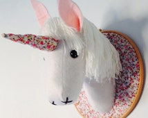 Unicorn head, unicorn wall hanging, girls bedroom decoration, playroom decoration, Faux taxidermy, princess room, fairytale