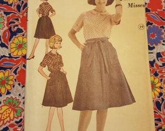 1970 Advance #3123  Uncut size16