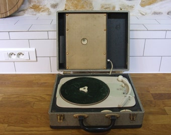 Portable record player / Radiola