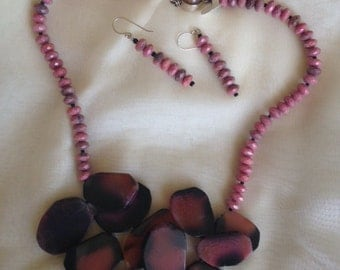 Rhodonite beads and slabs necklace