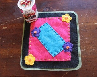 Flower Power Candle Mat With Candle, Felt Candle Mat, Candle Mat, Candle, Springtime, Christmas Gift, Housewarming, Mother's Day Gift