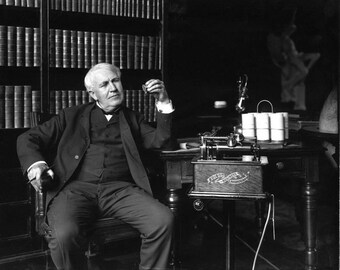 Thomas Alva Edison Inventor and Businessman - 5X7 or 8X10 Photo (DA-391)
