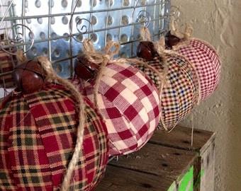 Set of 4, Rustic Plaid Ornaments, Christmas Ornaments, Jingle Bells, Plaid Ornament, Christmas, Handmade Ornament, Bow Ornament, Rustic