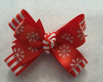 Girls snowflake bow, Christmas Hairbow, Winter hairbows, Red and white bow, Holiday hairbows, striped hairbows, Toddler snowflake hairbows